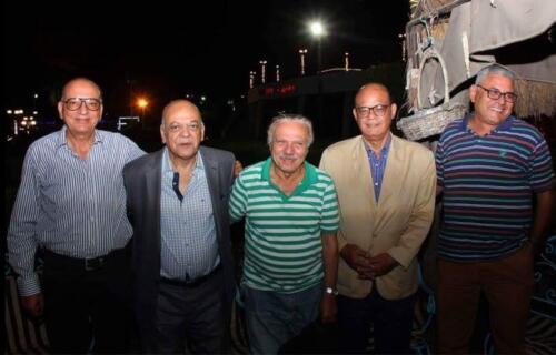 الميرغنى مع أصدقائه فى عيد ميلاده ال 70