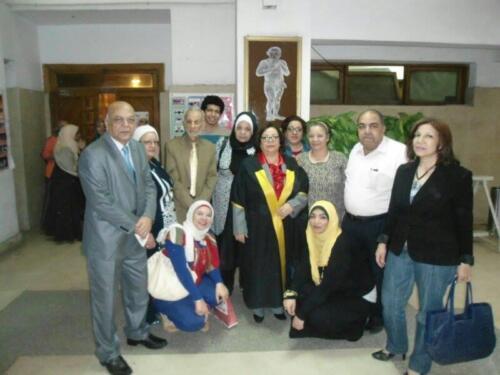 الميرغنى وحفل حصول إبنة شقيقه الدكتورة سامية الميرغنى أستاذه الأثار على الدكتوراه